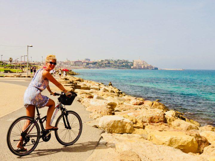 Bike ride to City Old for blog in Tel Aviv Israel; Tel Aviv City Trip Travel Blog Inspirations