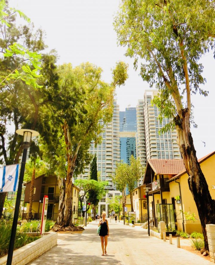 Sarona by bike in Tel Aviv Israel ; Tel Aviv City Trip Travel Blog Inspirations
