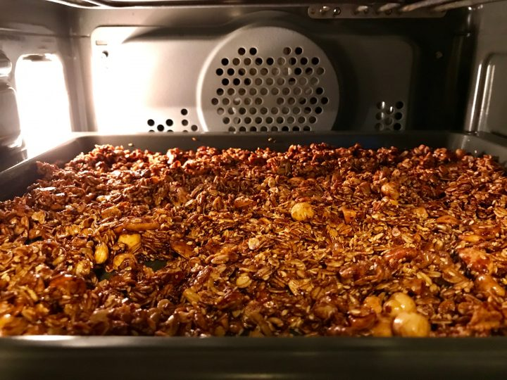 Homemade granola breakfast Meal; Healthy Food recipes and inspirations Blog