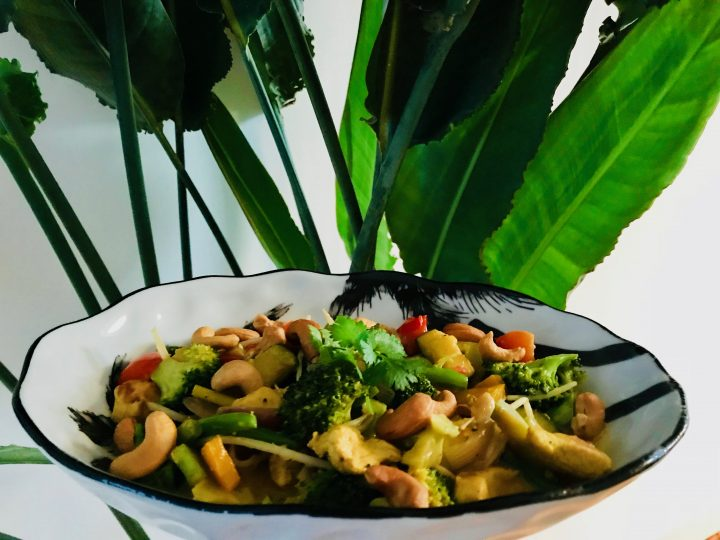 Indo Style Chicken Curry Dinner Meal; Healthy Food recipes and inspirations Blog