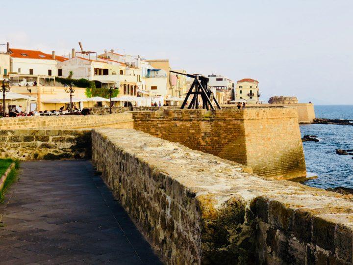 Murales Alghero in Northwest Sardinia, Sardinia Travel Blog Inspirations