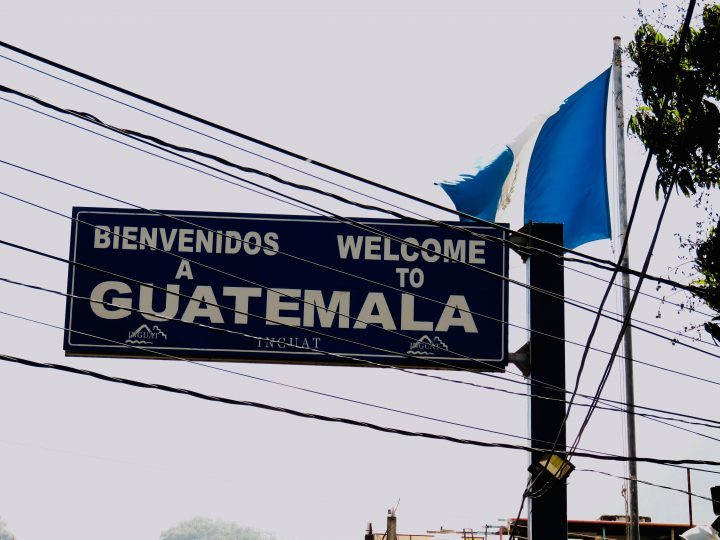 Flag border route Guatemala, Guatemala Travel Blog