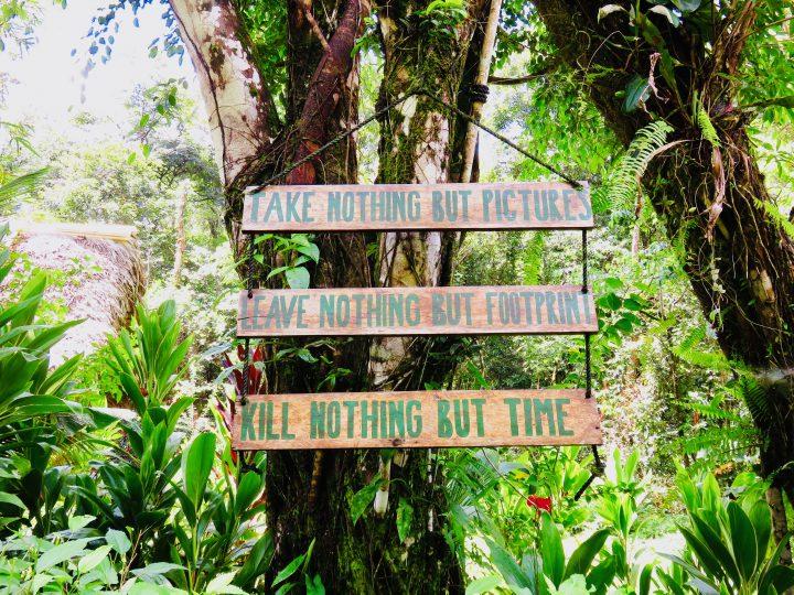 Signes Rio Dulce Guatemala, Guatemala Travel Blog