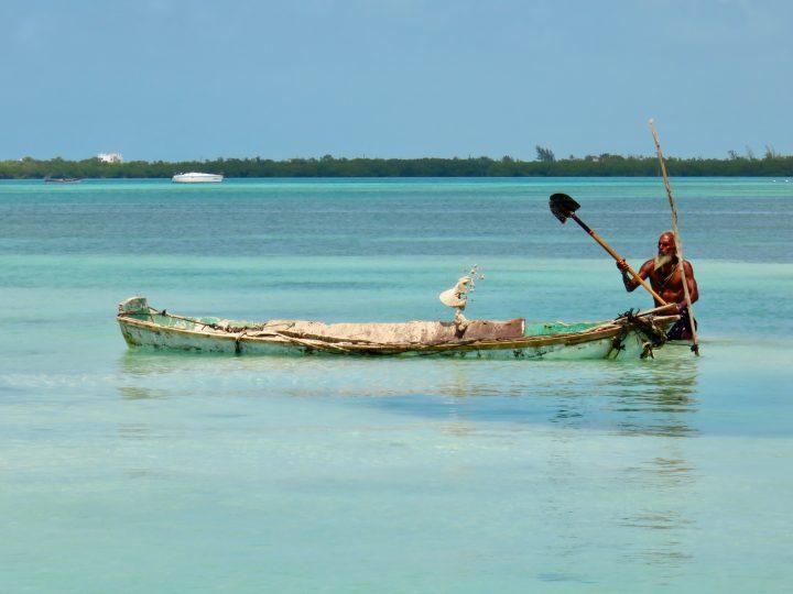 Collection White sand on Caye Caulker Belize, Belize Travel Blog
