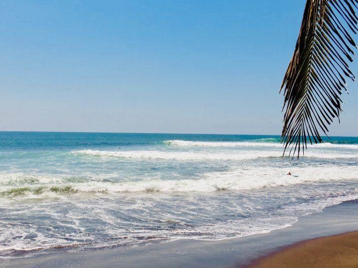Surf break El Sunzal in El Tunco El Salvador, El Salvador Travel Blog