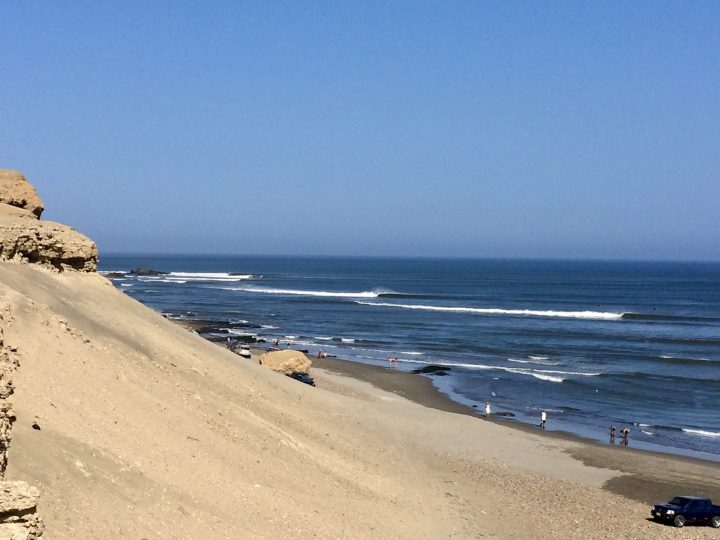 Surfing the longest left wave at Chicama Point, Travel blog Huanchaco Peru