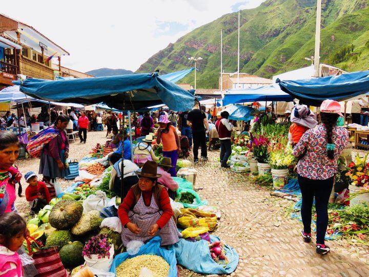 Traditional Market in Pisac Sacred Valley Peru, Travel Blog Peru