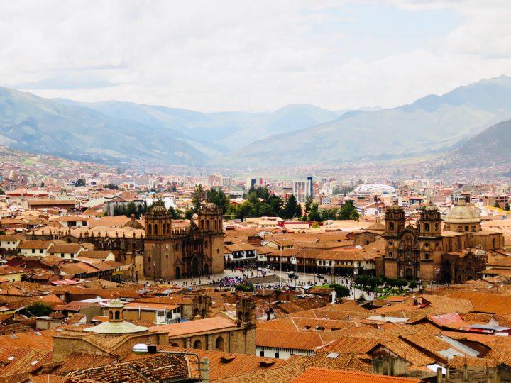 Overview of Plaza de Armas Cusco Peru, Travel blog Peru