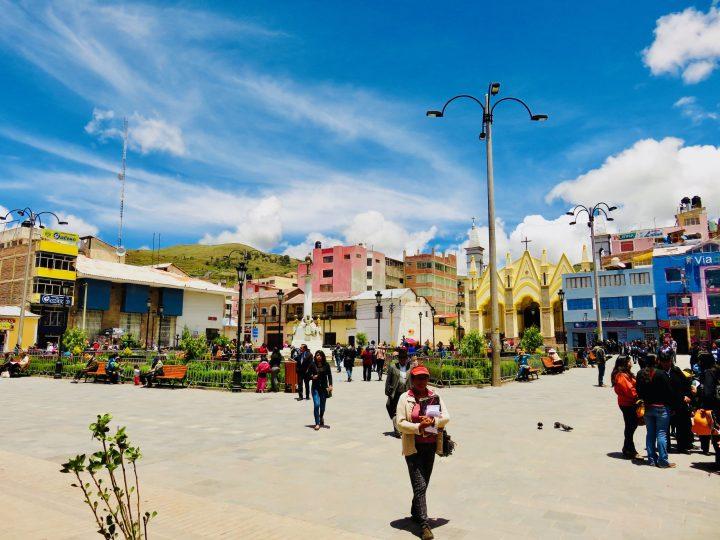 Puno square Peru, Travel Blog Peru