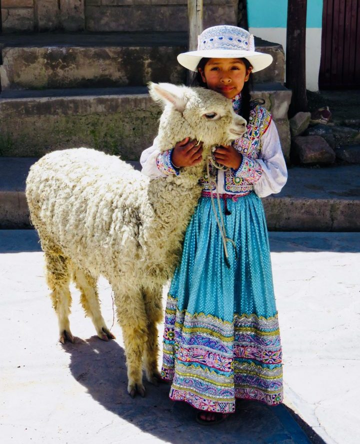 Traditional Clothing girl in Arequipa Peru, Travel Blog Peru