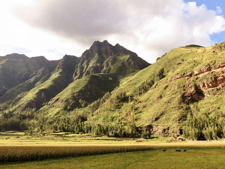 View Pisac Inca Sacred Valley Peru, Travel blog Peru
