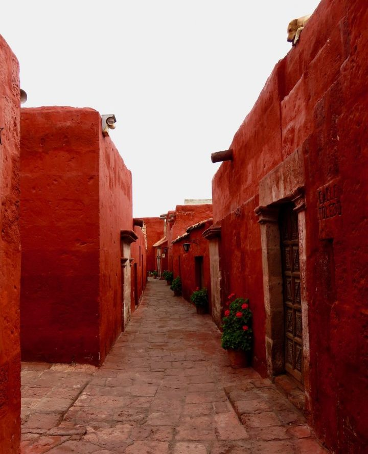Red Walls of the Monasterio in Arequipa Peru, Travel Blog Peru