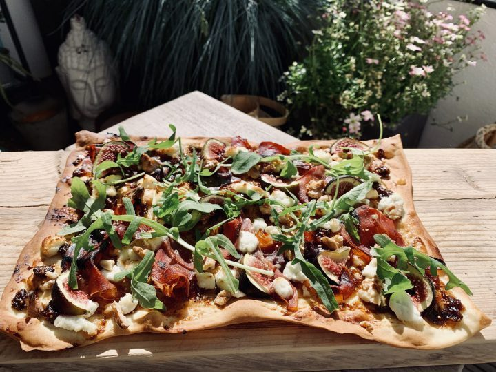 Flammkuchen ready 2 Food; Food Blog Recipes and Inspirations