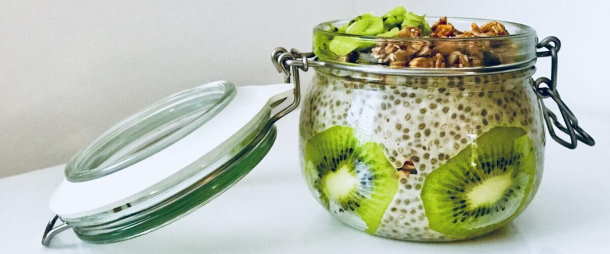 Chia Pudding with Kiwi and Granola Food Breakfast Recipe Food Blog and Inspirations